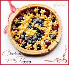 Red fruit joconde cake - charlotte ai frutti di bosco http://valycakeand.blogspot.it/2013/06/la-joconde-cake-ai-frutti-di-bosco-e-il.html