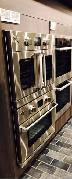 30 Electric Wall Oven With French Doors Simply beautiful! Our BlueStar double-ovens are the showpiece of our kitchen. Everyone stops and stares when they enter the space. - Karen Mantoen - Orange, CA Kitchen On A Budget, Kitchen Redo, Kitchen Pantry, Kitchen Layout, Kitchen Colors, New Kitchen, Kitchen Design, Kitchen Appliances, Kitchen Ideas