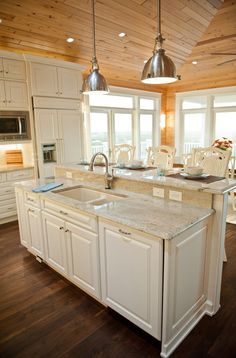 Beach House with Casual Coastal Interiors - Home Bunch – Interior Design Ideas Rustic Kitchen, New Kitchen, Kitchen Decor, Kitchen Ideas, Kitchen Bars, Kitchen Island Raised Bar, Kitchen Island With Sink And Dishwasher, Warm Kitchen, Kitchen Cupboard