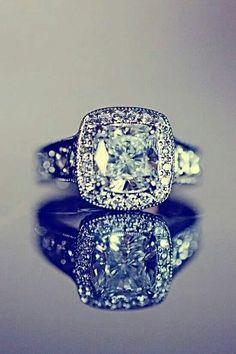 Beautiful. My dream ring