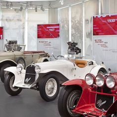 Cars drivers challenges successes: the legend #AlfaRomeo is on stage at Museo Storico in Arese. #LaMeccanicaDelleEmozioni - photo from alfaromeoofficial http://ift.tt/1PDOCGG #FieldsAlfaRomeo #FieldsAlfa #AlfaRomeo #Orlando #Florida