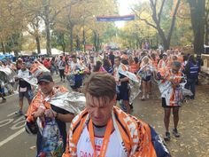Wow, always impressed! Photos: Scenes From The NYC Marathon Course - Competitor Running