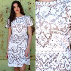 Robe de mariée dentelle antique Vintage par KitschBitschVintage, $487.00