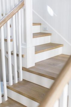 California Beach House with Beautiful Coastal Interiors engineered European oak, light wire brush, light with Matte Oil Finish Cottage Staircase, White Staircase, Wood Staircase, Staircase Design, Staircases, Staircase With Landing, Staircase Bookshelf, Hardwood Stairs, Oak Stairs