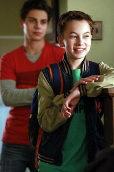 Still of Jake T. Austin and Hayden Byerly in The Fosters (2013)