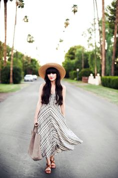 New Darlings - Summer Style - Maxi and Straw Hat