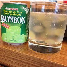 Suco com uvas