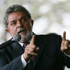 Lula busca nomes de peso para sua defesa, diz jornal