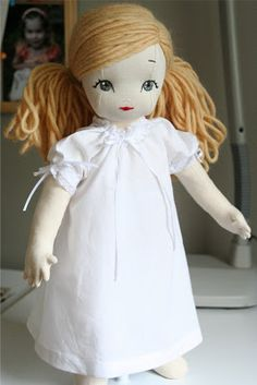 :: Crafty :: Sew :: Kiddo :: bybido: Mary Frances Nightgown