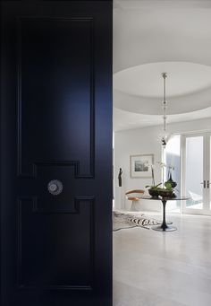 A gorgeous Toorak home designed by David Hicks...