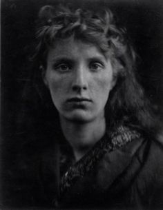 Fig.2. Julia Margaret Cameron, The Mountain Nymph, Sweet Liberty, 1866, albumen-silver print 36 x 28,1 cm.: Gernsheim Collection, Harry Ransom Humanities Research Center, The University of Texas at Austin