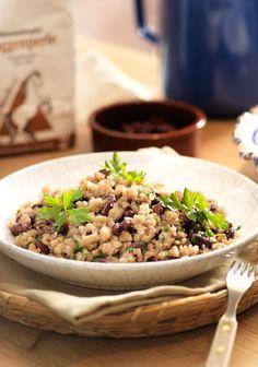 Brennsterz Grains, School, Food, Essen, Rye, Credenzas, Meals, Seeds, Eten