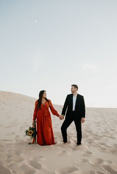 There are so many unique coastal dunes in the Michigan, but we decided on the Silver Lake Dunes near Grand Rapids/Muskegon since they're the most expansive. Engagement Pictures, Engagement Session, Silver Lake Sand Dunes, Adventure Photography, Elopement Inspiration, Best Location, Great Lakes, Getting Married, Michigan