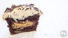 Cupcake de Manteiga de Amendoim e Paçoca | PratoFundo