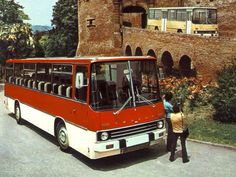 Ikarus Best photos and information of model. Grey Dog, Bus Driver, Busses, Commercial Vehicle, Illustrations And Posters, Old Cars, Costa Rica, Cars And Motorcycles, Tractors