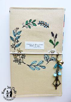 bfffb298f387f Pelledori traveler's notebook, Royal Blue Italian Vegetables tanned ...