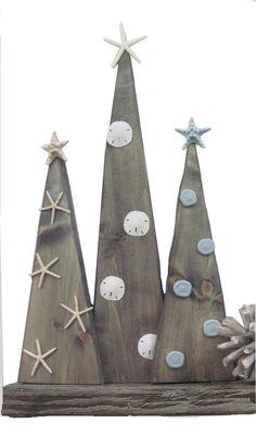 Set of 3 Wood Christmas Trees with Starfish