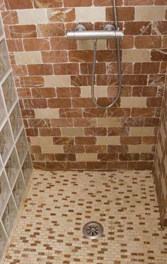M s de 1000 ideas sobre duchas de m rmol en pinterest cuarto de ba o baldosa y paredes de ducha - Suelos de ducha antideslizantes ...
