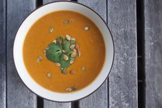 Low Carb Pumpkin Coconut Soup