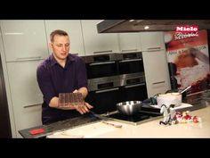 ▶ Karácsonyi bonbon tojáslikőrrel - YouTube Favorite Recipes, Cake, Youtube, Food, Candy, Pie Cake, Meal, Cakes, Essen