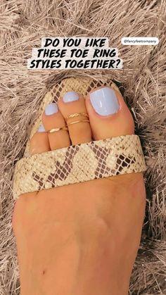 Beach Toe Nails, Fall Toe Nails, Pretty Toe Nails, Summer Toe Nails, Cute Toe Nails, Pretty Toes, Toe Nail Designs, Summer Toenail Designs, Pedicure Ideas Summer