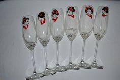 """St Valentin, 6 flûtes à champagne peintes Japon  """"les geishas en rouge, noir et doré"""" SUR COMMANDE, Peinture sur verre Opale Isis, sur Etsy de la boutique OpaleIsis sur Etsy"""