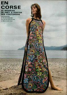 L'Officiel Magazine 1970 Photo by Roland Bianchini 70s Fashion, Fashion Beauty, Vintage Fashion, Disco Fashion, Fasion, Vintage Style, Elegant Dresses, Vintage Dresses, Vintage Outfits
