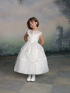 Ball gown short sleeve organza dress for flower girl