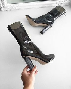 13545 Beste Fashion images on Pinterest in 2018   Heels Stivali, Heels  and b76c56