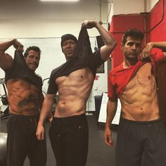 This just made my day!! New Kids on the Block Men Have Better Abs Than the One Direction Boys—See the Pics!  NKOTB, Abs, Instagram