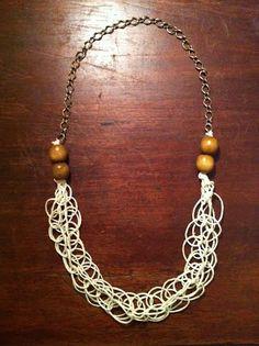Stay Gold: DIY: Macrame Necklace.