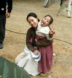 #happychildrenday yesterday... Chaewonnie with her virtual daughter on the set of the princess man. There's only short scene after…