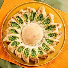 Spenótos napkorong | Vegavarazs Sandwiches, Pasta, Avocado Egg, Ricotta, Eggs, Snacks, Breakfast, Ethnic Recipes, Food