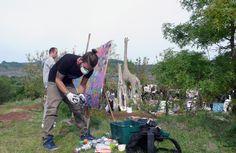 """- """"Zumbhil et la famille D'estrées"""" Psico & @Mr Light 100x100 cm - Aérosol/Posca #posca VENDU - Peinture en live tout au long de la journée à l'occasion des """" Puces d'Art"""" 2015 - Salasc - Hérault #posca #streetart @posca @poscafrance  @PoscaBrasil"""