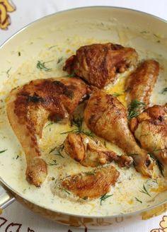 Pui cu sos alb si cous cous, un pranz delicios. Baby Food Recipes, Chicken Recipes, Cooking Recipes, Healthy Recipes, Romanian Food, Food Tasting, Healthy Meal Prep, Soul Food, Food Hacks