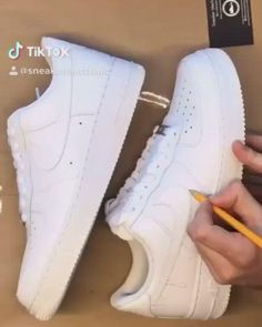 Did you get any customized Nike? Cool Nike Shoes, White Nike Shoes, Nike Air Shoes, Nike Air Force, Custom Sneakers, Custom Shoes, Sneaker Plug, Aesthetic Shoes, Hype Shoes