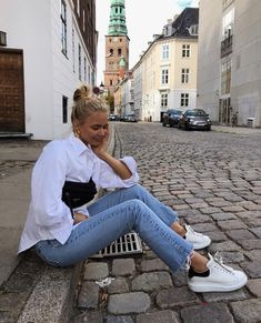 comfy and cute outfits Mode Outfits, Casual Outfits, Fashion Outfits, Fashion Tips, Moda Grunge, Looks Jeans, Pride Outfit, Mode Inspiration, Aesthetic Clothes