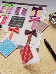 昨日と一昨日「クチュリエの種」163号の掲載作品を1点ずつご紹介しましたが ラストは 寄せ書きメッセージカードです 2016年1月号のテーマは「お祝い手づくり」 新たな門出をお祝いして みんなで贈るメッセージにも かわいくリボンをかけてプレ Origami Envelope, Gift Wraping, Message Card, We R Memory Keepers, Diy Birthday, Birthday Cards, Craft Gifts, Diy Gifts, Handmade Gifts