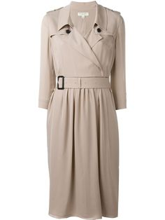 ¡Cómpralo ya!. Burberry - Belted Trench Dress - Women - Silk/Spandex/Elastane - 4. Nude tone silk belted trench dress from Burberry. Size: 4. Color: Nude/neutrals. Gender: Female. Material: Silk/Spandex/Elastane. , trench, trenchlargo, trenca, trencas, trenkas, trenchconcinturón, estilochal, estilochaldeantelina, cascada, funcional, trenka, trenchcoat, trenchcoat, gabardina, trench, trench, trench. Trench de mujer color beige de Burberry.