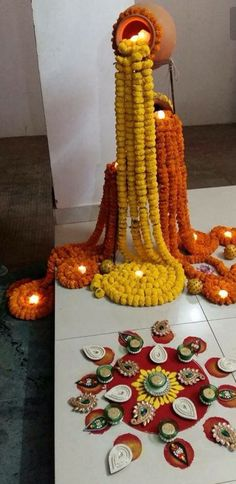Check out our latest Diwali diy decoration ideas. Know more about Diwali decorations at home entrance diy, diwali decorations diy Indian and Diwali decorations craft diy paper. Get ideas on Diwali dec Diya Decoration Ideas, Diwali Decorations At Home, Indian Wedding Decorations, Diy Party Decorations, Indian Decoration, Desi Wedding Decor, Decor Ideas, Ceremony Decorations, Rangoli Designs Flower