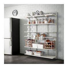 IKEA - ALGOT, Kiinnityskisko/hylly/kori, ALGOT-sarjan osia voi yhdistää monin eri tavoin, ja niistä on helppo luoda omiin tarpeisiin sopiva kokonaisuus.Kannattimet on helppo kiinnittää ALGOT-kiinnityskiskoihin napsauttamalla. Työkaluja ei tarvita.Soveltuu myös kylpyhuoneissa ja muissa kosteissa sisätiloissa käytettäväksi.
