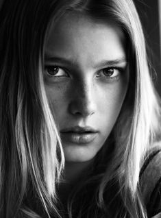 Sigrid Agren, French-Swedish Model. Her home is quite unique(she uses vintage and up-cycled furniture!)