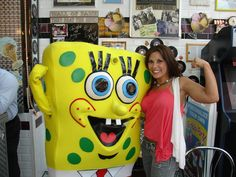 Mickie with Spongebob! Look at the guns on Mickie! ^^,