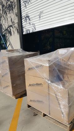 Airshipment of Jettribe merchandise directly to The Kings Cup Jetski race in Thailand !