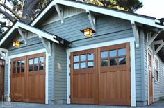 Carriage Doors on a blue Carriage House. Carriage Doors on a blue Carriage House. Swing Out Garage Doors, Wood Garage Doors, Craftsman Exterior, Craftsman Bungalows, Craftsman Style, Garage Exterior, Craftsman Houses, Craftsman Kitchen, Exterior Paint
