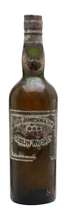 Jameson Irish Whiskey, Bourbon Whiskey, Scotch Whisky, Whiskey Girl, Beer Snob, Wine And Beer, Mead, Fun Drinks, Cigars