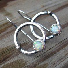 Opal aro cuelga Pendientes plata esterlina opal. Pendientes de piedra de octubre