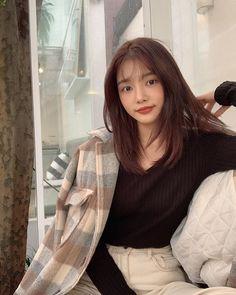 Korean Natural Makeup, Korean Beauty, Ulzzang Korean Girl, Uzzlang Girl, Aesthetic Photo, Beauty Queens, Hair Goals, Girl Photos, Photo Poses