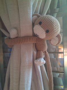 Crochet Monkey, Crochet Curtains, Diy Crafts For Gifts, Curtain Tie Backs, Crochet Projects, Elsa, Teddy Bear, Hobby, Toys