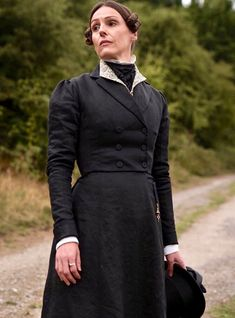 What is Suzanne really thinking about? Suranne Jones, Lgbt, Gentleman Jack, 3 Characters, Queer Fashion, Halloween Jack, Cool Costumes, Halloween Costumes, A Good Man